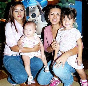 Dulce Gómez, Alondra de Alba, Griselda y Bárbara Valenzuela.