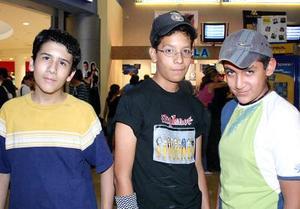 Eloy Sáenz, Harold Castillo y Arturo Aguilar.