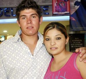 Elías Alberto Islas y Marissa Blanco.