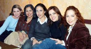 Anabel González, Karla Valenzuela, Ana Laura Saravia, Rocío Herrera y Claudia Cárdenas.
