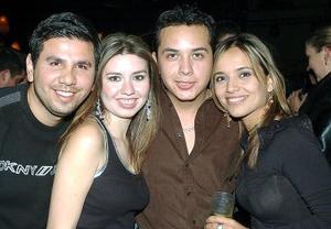 César Estrada, Abby Aguirre, Yuri Amezcua y Yeyo Estrada.