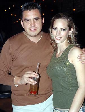 Salvador Perales y Carla Miranda