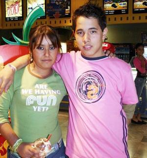 <b>Noviembre 2005</b><p> Rafael Rivera y Ana Lucía.