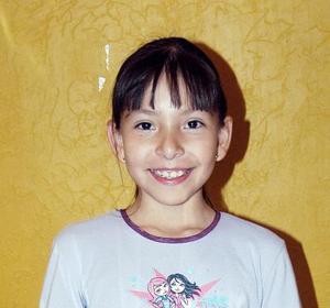Lorena Alemán, captada en la fiesta que le ofrecieron con motivo de sus diez años de vida.