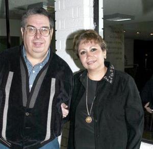 <b>03 de febrero de 2005</b> <p> Irma Garza y Miguel Ángel Díaz Cueto