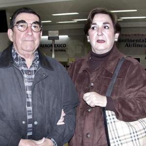 <b>03 de febrero de 2005</b> <p> Sergio Treviño y Leticia de Treviño viajaron a la Ciudad de México