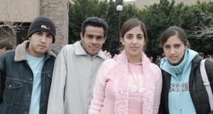 Paco, Enrique, Andrea y Rosario.