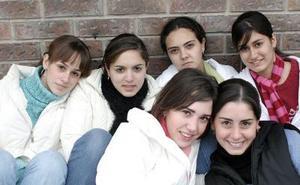 María Obeso, Gisela Muñoz, Cris Borbolla, Susy Murra,  Paulina Jímenez y Gaby Zermeño.