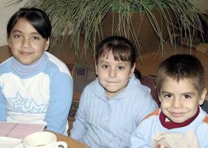Cecy, Sofi y Torres Villa.