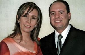 <b>05 de febrero de 2005</b> <p> Sandra G y Andrés.