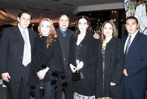 Jorge Arturo Medinaveitia, Ana Paula Madero, Carlos Carrillo, Paola Rubio, Sandra Luna y Pedro González.