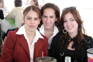 Velia de Yarza, Ana Gaby de Juan Marcos y Paola de Veyán