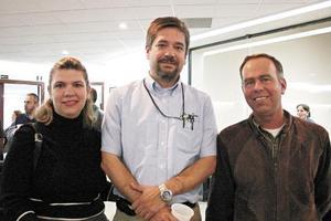 Santiago Estens, Miguel Meza y Claudia Fonseca de Meza