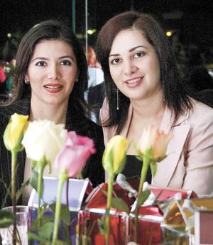 Rocío Herrera de Alba e Irma Cáceres de Sánchez