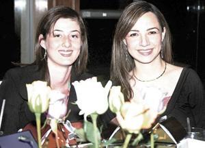 Juliana de González, Maria Elena de Olloqui