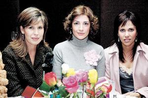 Martha Leal de Barrios, Lula Correa de Gómez y Liliana Martínez de Cabranes
