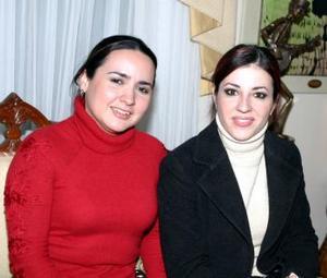 Frine Galván y Vanessa Carlos