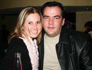 César y Silvia Martínez