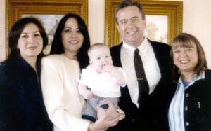 Fernando Rivera Valdés y Norma Cruz Rivera con su hijito Luis Fernando Rivera Cruz; Lizette Giese y Martha Rivera.
