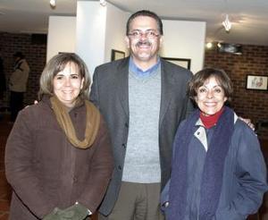 Margarita Torres, Juan José Esquivias y S.J. Cristina Soto.