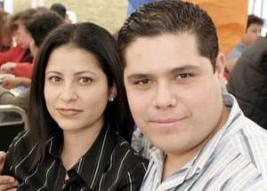 <b>07 de febrero de 2005</b> <p> Paola y Gerardo Montañez.