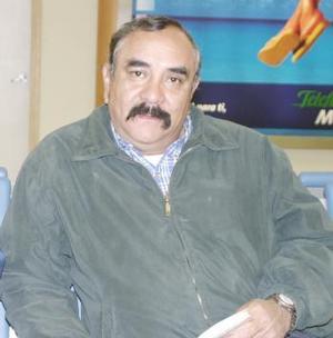 <b>07 de febrero de 2005</b> <p> Alberto Flores García viajó a Hermosillo Sonora por asuntos de negocios.