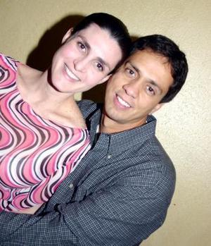 Mónika y José Nahle.