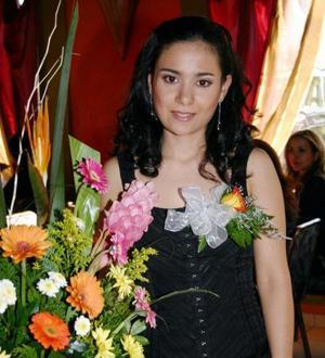 Charo Navarro Macías captada en su primera despedida de soltera.