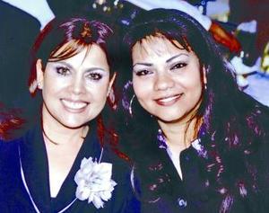 <b>10 de febrero de 2005</b> <p> Rocio Yassin de Reza y Doris Magallanes.