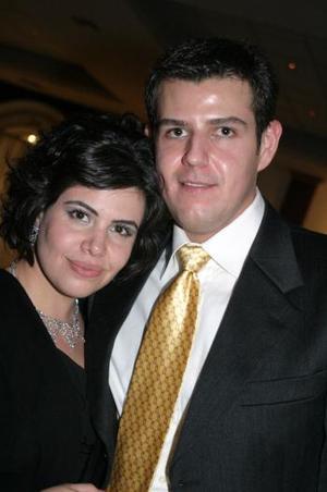 Mariana Garza y Adán Segura.