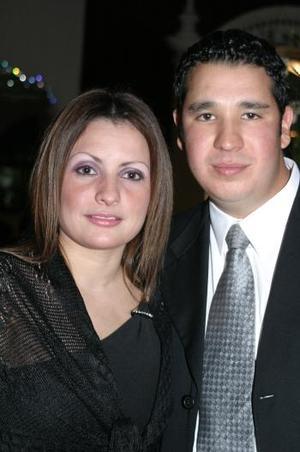 Martha Monsiváis y Arturo Silerio.
