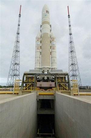 """Este es el éxito que habíamos esperado, y agradezco a todas las personas que contribuyeron para alcanzarlo"""", señaló Jean-Yves Le Gall, presidente de la Arianespace, el brazo comercial de la agencia europea de cohetes.  <p> """"Este lanzamiento borra el fracaso de diciembre de 2002"""", señaló."""