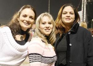 Cristina Pachecho, Ana Elena de Gómez y Luisa Pacheco de Moya.