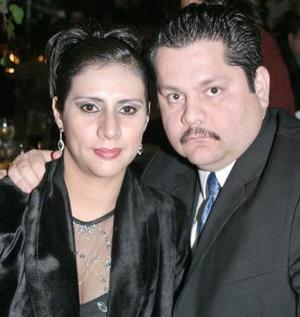 Willy Betancuort e Irma Santoyo Araiz.