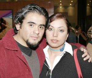 <b>13 de febrero de 2005</b> <p> Raymundo Rodulfo y Patricia Díaz