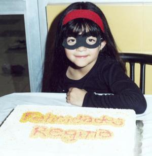Regina Ortega Villarreal cumplió seis años y fue festejada por sus padres, José Antonio Oretega Veytia y Luz Marcela V. de Ortega.
