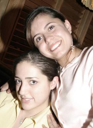 Lorena Yarza y Ana Lucía Urrutia.