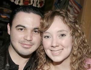 Chuy Villarreal y Jacky Montes.