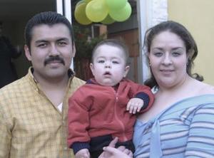 Victor Martínez Cavelaris cumplió un año de vida y lo celebró con un divertido convivio que le organizaron sus papás Victor Javier Martínez Hernández y Marisol Cavelaris Rivera.