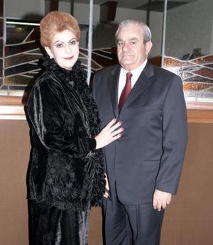 Beba Cofiño de Torres y Marcelo Torres