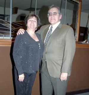 Margarita Estrada-Berg e Iván Berron López.