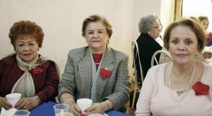 Olivia de Medina, Antonia de Fernández y Magdalena de Reed.