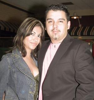 Karla y Carlos.