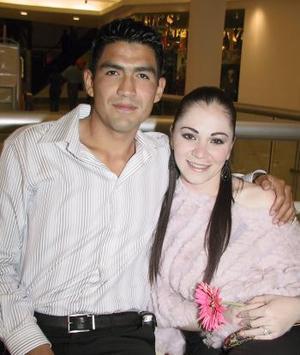 Beatriz Flores y Felipe Villalobos.