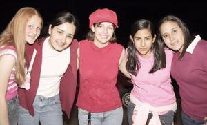 Pamela, Cristy, Emily Ana y Paty.