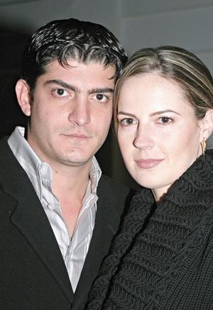 Yussef Mansur y Laura López Willy de Mansur