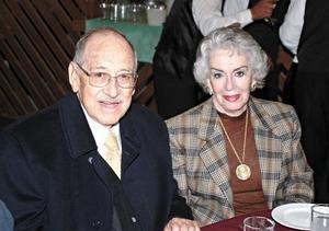 Mario Hamdan Vela y Margarita de Hamdan