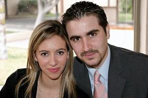 Fernando González Arriaga y Miriam Martínez Pérez Merodio