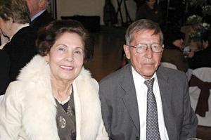 Héctor Lujan y Elizabeth de Luján