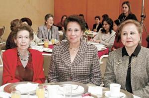 Marcela Garrido, Maga de Obeso y Laura de Pamanes.